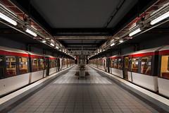 U-Bahnhof Mümmelmannsberg (Lilongwe2007) Tags: hamburg ubahn hochbahn dt4 billstedt symmetrie verkehr öpnv eisenbahn züge mümmelmannsberg