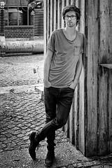 Bertram Richter (HAGEL54) Tags: bertramrichter analog schwarzweiss blackandwhite porträt trix leicam3 cvnokton5015 standdeveloped rodinal