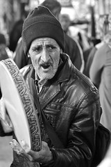 Iran 2017 - Tabriz (philippebeenne) Tags: iran perse noiretblanc nb bw street people nikon philippebéènne music musique tambour