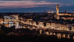 ...non è servita a cambiarla (FButzi) Tags: florence firenze palazzo della signoria fiume arno ponte vecchio italy italia ivan graziani