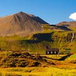 The black church at Búðir thumbnail