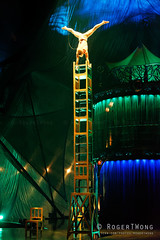 20170804-197-Kooza by Cirque du Soleil - Chair tower (Roger T Wong) Tags: 2017 asia cirquedusoleil kooza rogertwong sel70300g singapore sony70300 sonya7ii sonyalpha7ii sonyfe70300mmf2556goss sonyilce7m2 acrobats balance chair circus holiday performers travel