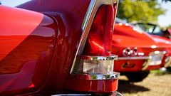 300D Coupe in detail (Eric Flexyourhead) Tags: surrey britishcolumbia bc canada southsurrey crescentbeach crescentbeachconcoursdelegance 2017 detail fragment american car 1958 chrysler 300d chrysler300d chrysler300dcoupe tailfin taillight red old classic shallowdepthoffield bokeh 169 sonyalphaa7 zeisssonnartfe55mmf18za zeiss 55mmf18