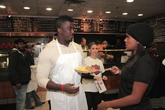 "thomas-davis-defending-dreams-foundation-thanksgiving-at-lolas-0211 • <a style=""font-size:0.8em;"" href=""http://www.flickr.com/photos/158886553@N02/36787610970/"" target=""_blank"">View on Flickr</a>"