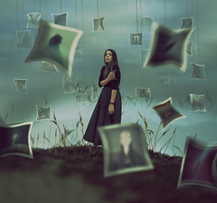 Retazos // Patchwork (Kathy Chareun) Tags: surrealismo surrealism surrealistic surrealista surreal art arte ps photoshop fotografias photography photos photographie fotos old antiguo memory memorias memoria remember retazos patchwork autorretrato autoretrato selfportrait dress vestido hurt pain sensitive sensible sky cielo dirt tierra challenge reto lightbulbproject joel robison creative