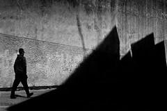(Noel F.) Tags: leica m2 voigtlander 50 15 asph vm nokton kodak tmax 400 stand hc110 street santiago compostela galiza galicia