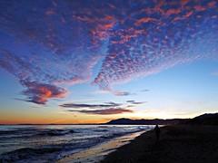 Colores del atardecer (Antonio Chacon) Tags: andalucia marbella málaga mar mediterráneo costadelsol cielo españa spain sunset