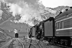 The loop at Qinghe (Bingley Hall) Tags: rail railway railroad transport train transportation trainspotting steam engine locomotive 2102 qj china asia tianzhu qinghe blackandwhite monochrome mountains snow