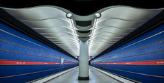clear lines and colors (hjuengst) Tags: subway underground linien lines munich symmetry red blue colorful