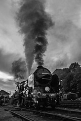 926 'Repton', Bewdley (JH Stokes) Tags: 926 repton schoolsclass steamlocomotives heritage bewdley severnvalleyrailway 2017 autumnsteamgala event worcestershire trains trainspotting tracks transport railways locomotives ferroequinology photography edit photoshop monochrome blackwhite