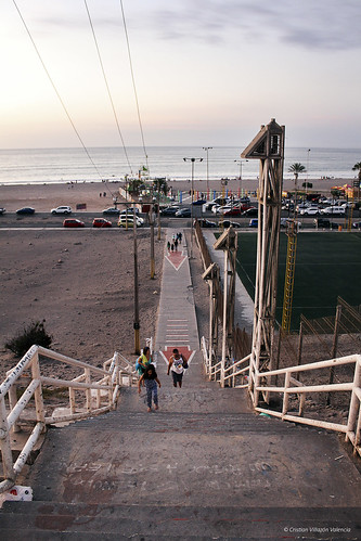 Escalera - Playa Chinchorro