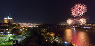 Feux sur le fleuve / Fireworks over the river