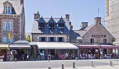 Mittagspause / Lunchtime (schreibtnix on 'n off) Tags: reisen travelling europa europe frankreich france bretagne brittany breizh paimpol strasse street olympuse5 schreibtnix
