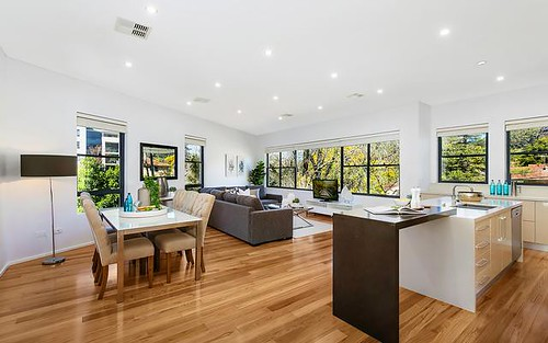4/10 Shinfield Av, St Ives NSW 2075