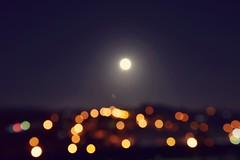Have you been invited for the Moon Party?  ( Você  foi convidado para a festa da lua?  ) (Filipe Lameiras) Tags: moon moonlight party festa portugal explore luz noite diversão enjoy imaginação imagination stars invited convidado eclipse 7 2017