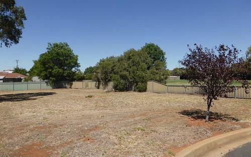 11 Scoble Place, Parkes NSW