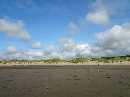 Harlech Beach -- photo 3
