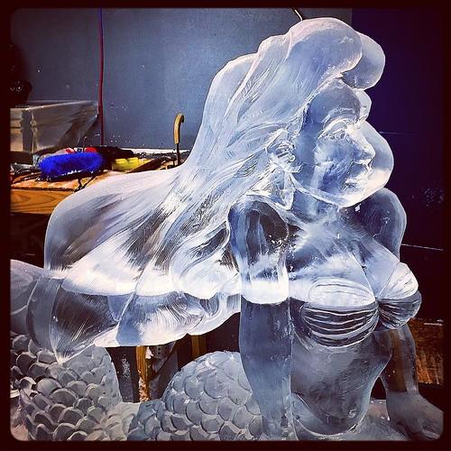 Hanging with this beauty on #freezerfriday #fullspectrumice #merfest2017 #thinkoutsidetheblocks #brrriliant #custom #icesculpture #mermaid - Full Spectrum Ice Sculpture