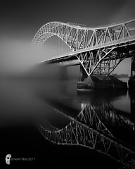Misty River II (Grains of Rice) Tags: runcornbridge runcorn bridge rivermersey river mersey cheshire reflection water blackandwhite monochrome iphone iphonography snapseed most fog