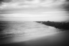 3172 (Elke Kulhawy) Tags: elke kulhawy landcape beach schwarzweiss bnw bw blackandwhite pinhole art dreams grain