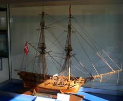 A model of the brig Lolland at Springeren Maritimt oplevelsescenter, 16. september 2017. Foto: Per Ryolf (perryolf) Tags: fotoperryolf aalborg springerenmaritimtoplevelsescenter ubåd mtb torpedobåd ship ships schiff schiffe skibe skib marinemuseum