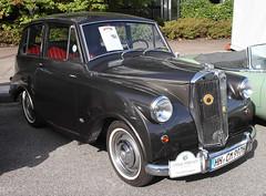 Mayflower (Schwanzus_Longus) Tags: german germany uk gb great britain british england english old classic vintage car vehicle sedan saloon hamburg triumph mayflower