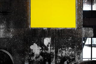 concrete yellow [to my friend Luis Ritter]