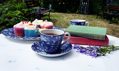 DSC02738-02 (suzyhazelwood) Tags: garden gardens food cakes cupcakes cake teaparty teacup teapot tea uk england summer sunlight sony a6000 books flowers creativecommons