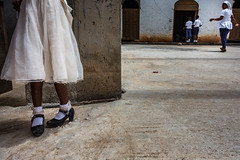 Dressing up for church in Elmina (puuuuuuuuce) Tags: ghana highheels shoes church dressingup elmina