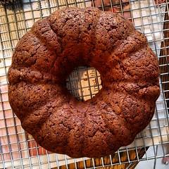 Double Squash Cake (yummysmellsca) Tags: yummy yum vegetarian vegetables zucchini baking sweet pumpkin cake squashes fall summer spices cinnamon ginger nutmeg cloves flax wholegrain wholewheat dessert easy bundt