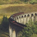 Steam Train on the Glenfinnan Viaduct thumbnail