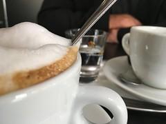 Frühstück bei Flori und Palma (bornschein) Tags: love cup herbst stuttgart espresso cappuccino frühstück kaffee