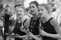 Edinburgh Festival Fringe 2017 (Gordon.A) Tags: scotland edinburgh fringe edinburghfestival edinburghfestivalfringe edinburghfestivalfringe2017 edfringe edfest edfest2017 edinburghstreets embra auldreekie dùnèideann royalmile oldtown festival festiwal festivaali festivalen wyl féile festspiele arts artsfestival performingarts performingartsfestival streettheatre streetevent event streetperformer streetperformers performer performers performance entertainer entertainers entertainment people peoplewatching atmosphere celebration creative culture streetphotography streetportrait streetportraiture portrait portraitphotography portraiturephotography urban urbanphotography city citystreets day daylight naturallight blackandwhite bw monochrome monochromatic canon