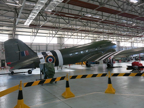 Douglas C-47 Dakota ZA947