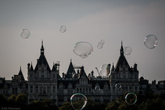 In London's bubble (Anthony P26) Tags: category england flickrpost london places travel greatbritain britain bubbles streetphotography travelphotography streetperformer whitehall southbank skyline buildings city cityscape canon canon70d canon1585mm outdoor english