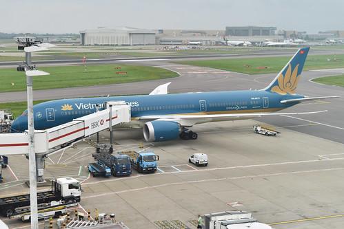 Boeing 787-9 'VN-A871' Vietnam Airlines