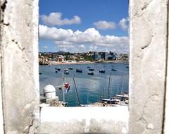 Cascais (JoséIgnacioAG) Tags: cascais portugal barco yate pesca playa praia beach fortaleza fortress castle castillo