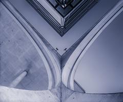 Lines and Curves (katrin glaesmann) Tags: marieelisabethlüdershaus melh regierungsviertel 19982003 stephanbraunfels architecture berlin monochrome curves lines
