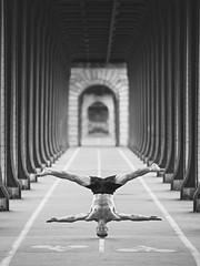 (dimitryroulland) Tags: nikon d600 dimitryroulland hand head handstand headstand balance gym artist performer art birhakeim bridge bw black white blackandwhite