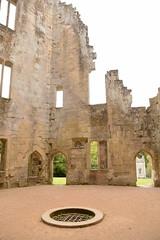 DSC_1676 (amoamas07) Tags: oldwardourcastle englishheritage castle ruin
