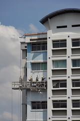 Painters of the city (ah.b|ack) Tags: sony a7ii a7mk2 carlzeissjenaddrmcs135mmf35 czj m42 tele hdb painters city singapore