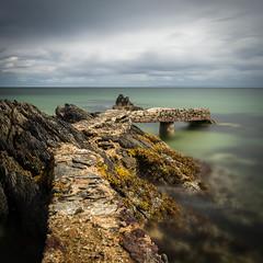 Alfondoaladerecha (Rafel Cabot-Mesquida) Tags: shrove stone jetty donegal ireland sea water rocks waves seaweed clouds sky longexposure le nikond7200 sigma1020mm