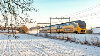 Velp NSR IRM 9516 als IC 3633 Zwolle-Roosendaal