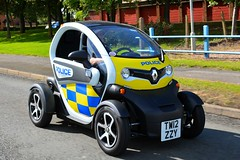 TW12 ZZY (S11 AUN) Tags: northamptonshire northants police renault twizy demo demonstrator electric anpr unmarked srt safer roads team traffic car rpu policing unit 999 emergency vehicle tw12zzy