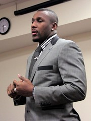 "thomas-davis-defending-dreams-foundation-key-to-city-0009 • <a style=""font-size:0.8em;"" href=""http://www.flickr.com/photos/158886553@N02/36348511934/"" target=""_blank"">View on Flickr</a>"