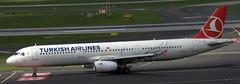 Airbus A-321 TC-JRU (707-348C) Tags: dusseldorfairport tcjru airliner jetliner airbus airbusa321 turkish thy turkishairlines dusseldorf eddl dus passenger a321