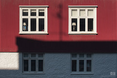 Building study - corrugated red, white and shadow (mrmeezoid) Tags: corrugated red white shadows shadow study lamp shapes lines reykjavik iceland travel blinds uncool uncool4 uncool5forsomeone uncool6 uncool7 c0u7