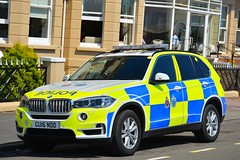 GU16 NDD (S11 AUN) Tags: sussex police bmw x5 armed response anpr vehicle arv roads policing unit rpu 999 emergency gu16ndd