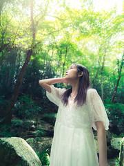 Portraits #230 (TAKUMA KIMURA) Tags: photones olympus omd em1mark2 takuma kimura 木村 琢磨 em5 mark2 person portrait females girl japanese art photo woman lady 人物 ポートレート ポートレイト 女性 少女 日本人 アート 写真 女 レディ nature forest 自然 森 木村琢磨
