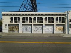 (gordon gekkoh) Tags: jeans baer oakland graffiti